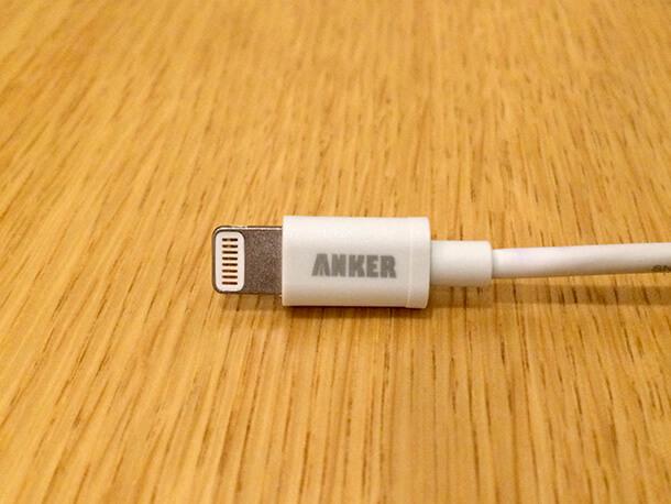 astroにも!モバイルバッテリーとの接続にも最適なAnkerのLightningケーブルは30cmがおすすめ。