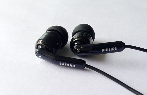 philips_SHE9710_01